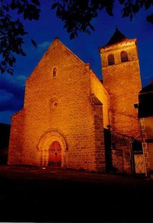 église de Montfaucon (photo association des Pierres en Héritage)
