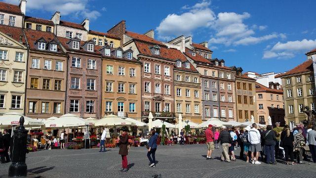 Pologne et MIS - Sketch carterie de juin