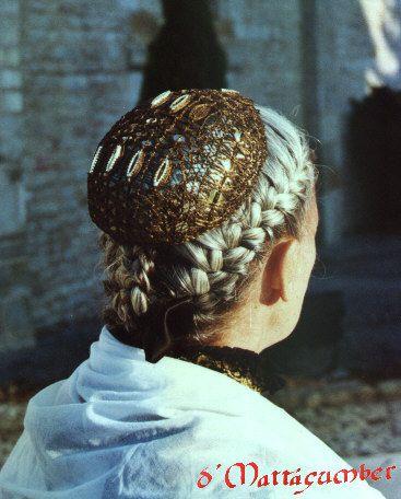 A la découverte des costumes bourgeois du dix-huitième siècle