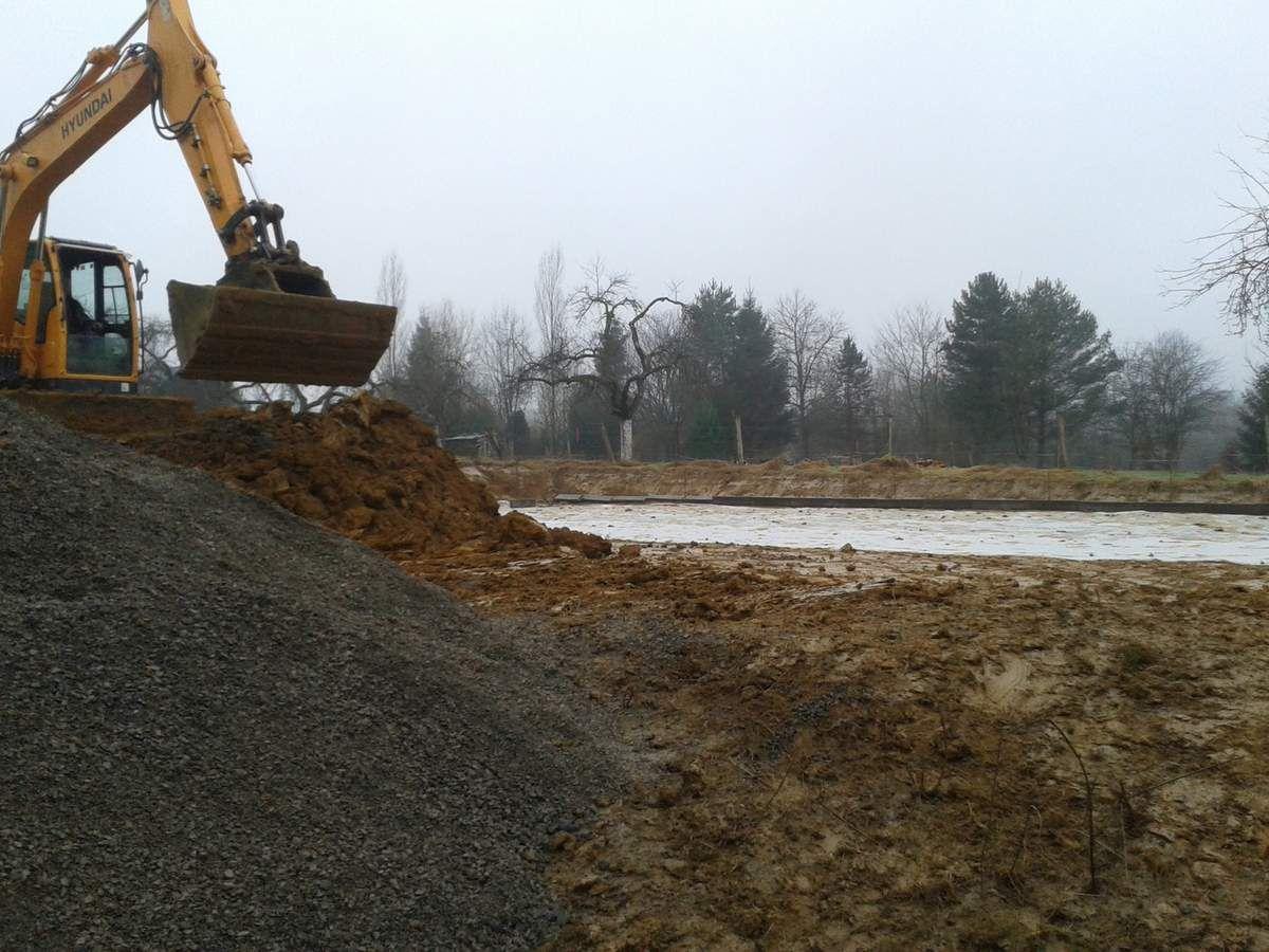 Construction du terrain multisports d'Arreux