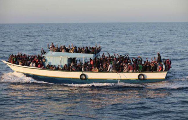 Arrivée de migrants au large de Lampedusa