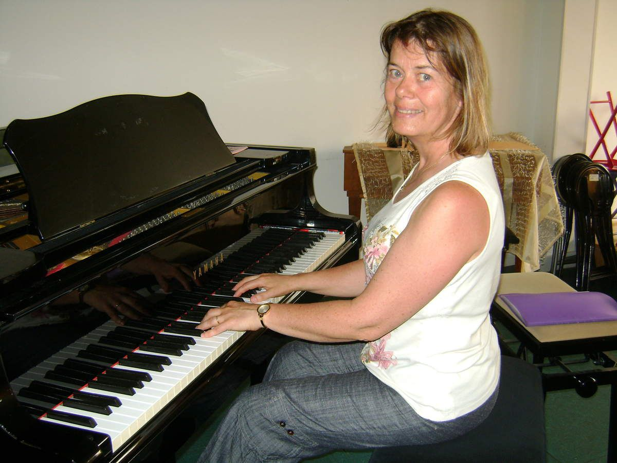 Armelle MARTY : piano