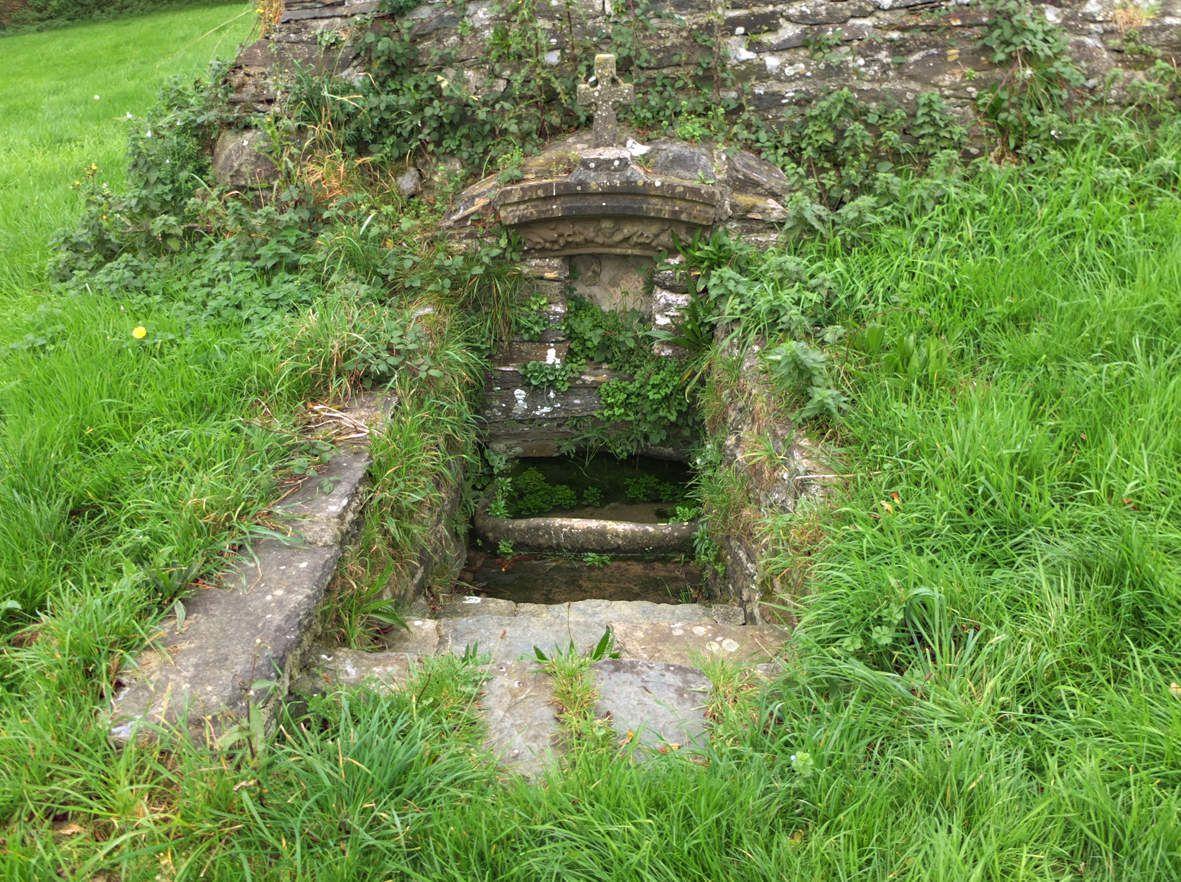 SIZUN : Fontaine de Saint-Ildut 2