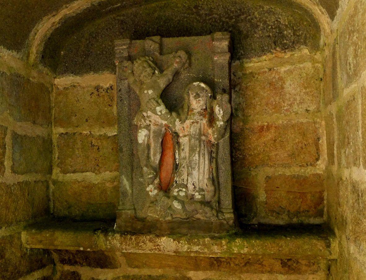 DAOULAS : Fontaines de l'abbaye : Fontaine de l'oratoire détail