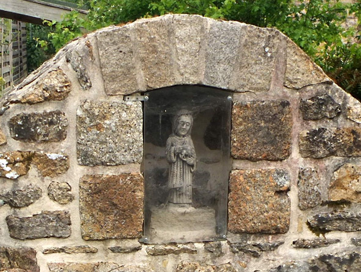 GRACES : Fontaine Saint-Jean détail