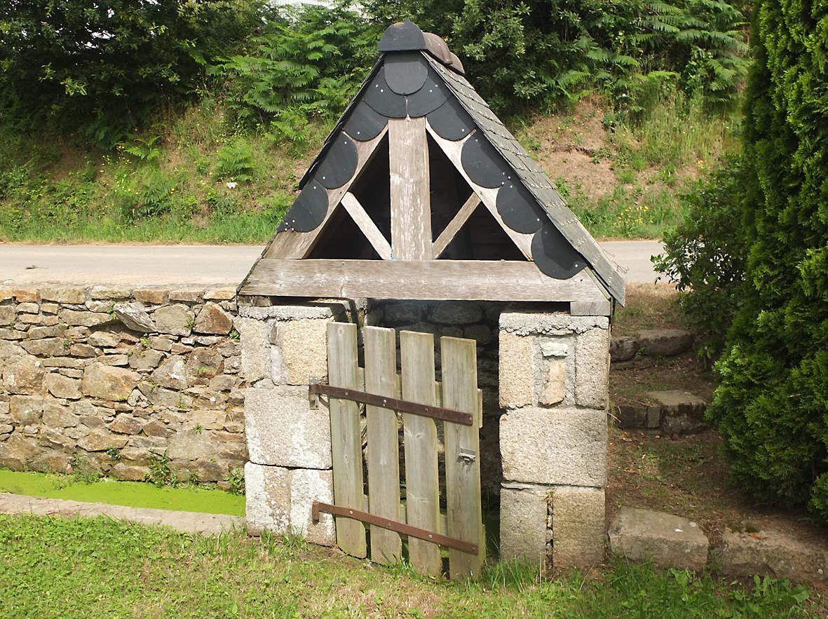CAMLEZ : Fontaine Saint-Trémeur