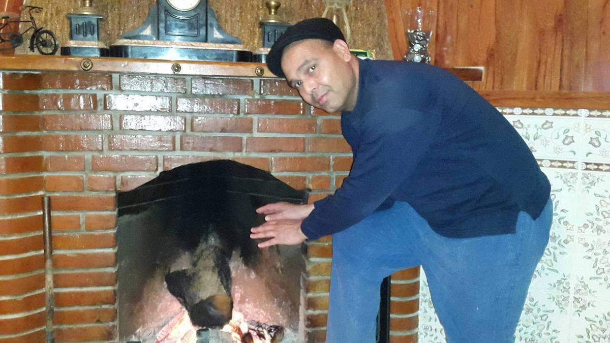 Je cède ma couronne de &quot&#x3B;Roi des Nostalgiques&quot&#x3B; à notre ami Abdelkader Medjelled