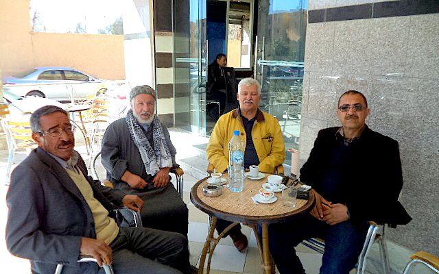 PHOTO 1: de G à D Bouhafs CHOUBOUAT ,  MECHRI FERDJANI , ABDELHAMID KHALDI, TAYEB GOUHIRI