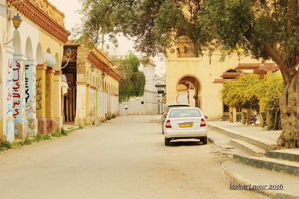 Notre ami N.Lazhari prend du plaisir à photographier le moindre recoin de sa ville...( 2)