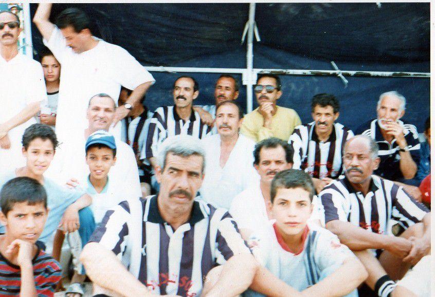 A la mémoire du défunt hadj Bachir Tidjani les photos représentant le cinquantième anniversaire du Hilal ! Bonne réception  AHMED MECHATTAH