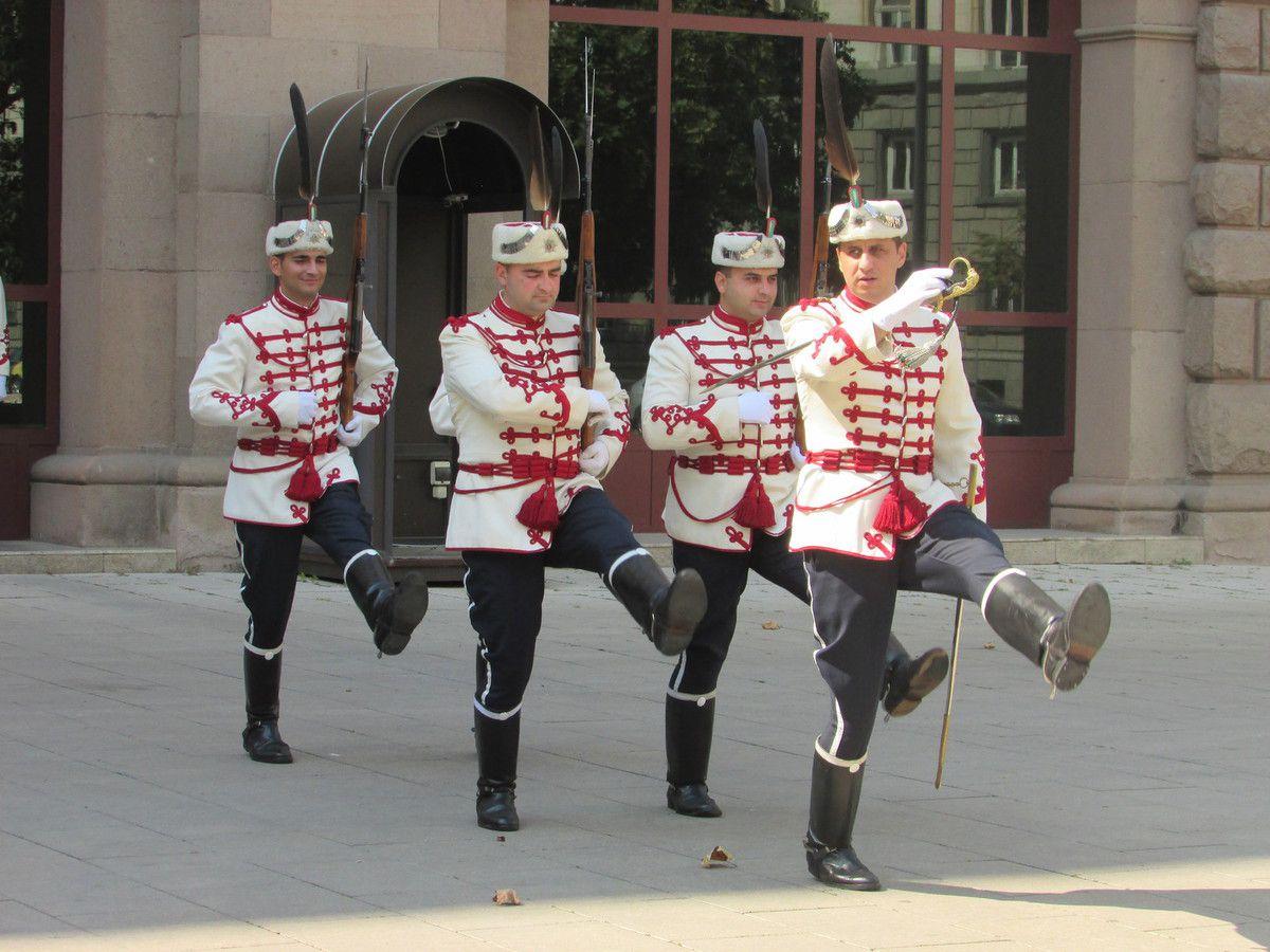 La releve de la garde de Sofia.
