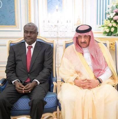Moussa Facki Ministre des Affaires Etrangeres du Tchad avec le ministre saoudien du Travail M. Saad Bin