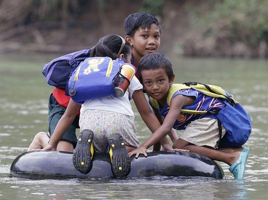 Vos enfants n'aiment pas aller à l'école ? Montrez leur ces images !...