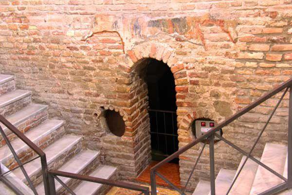 Ravenne 11 : la basilique San Francesco. Mercredi 8 mai 2013