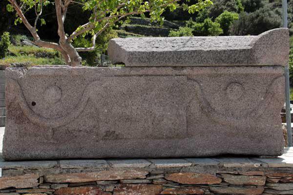 Andros, hors de la capitale. Du 19 au 26 avril 2014