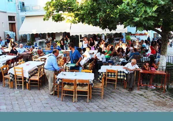 "Lesbos 23 : Le ""Tavros"" à Komi et Pigi. Vendredi 11 juillet 2014"
