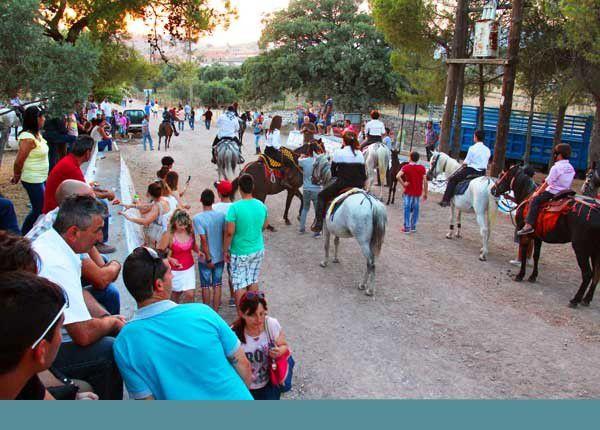 """Lesbos 27 : Le """"Tavros"""" d'Agia Paraskevi. Les 4, 5 et 6 juillet 2014"""
