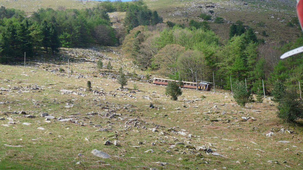 Vacances en famille au Pays Basque - Le petit train de La Rhune