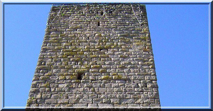 Si la tour puvait parler, longue serait la narration de son histoire