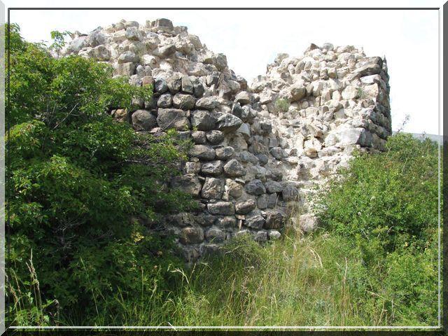 Diaporama château de LA ROCHE DES ARNAUDS