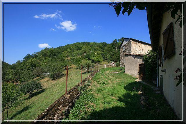 Voyez vous une fortification médiévale ?