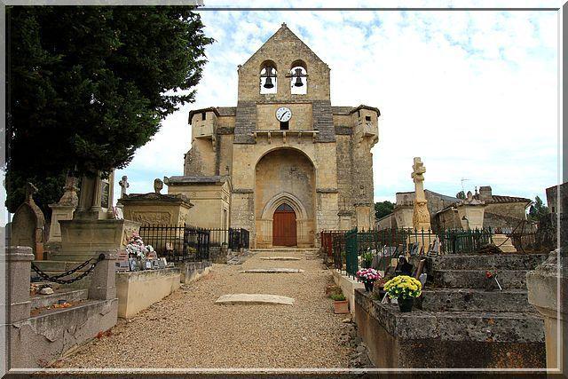 Entrer sans blessure dans cette église semble impossible !