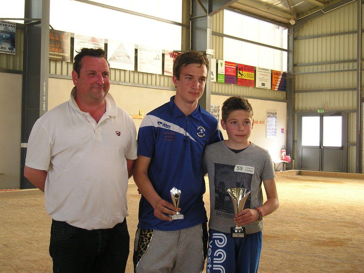 Catégorie Cadets, à droite le champion Lucas COURBY, au centre le vice Champion Lucas PEREZ et à gauche Hervé CALVIGNAC