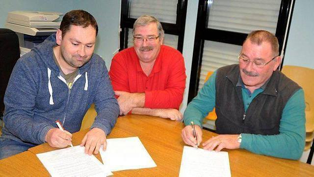 Laurent Jardin, Daniel Bourbon et Patrice Guérin ont signé une convention