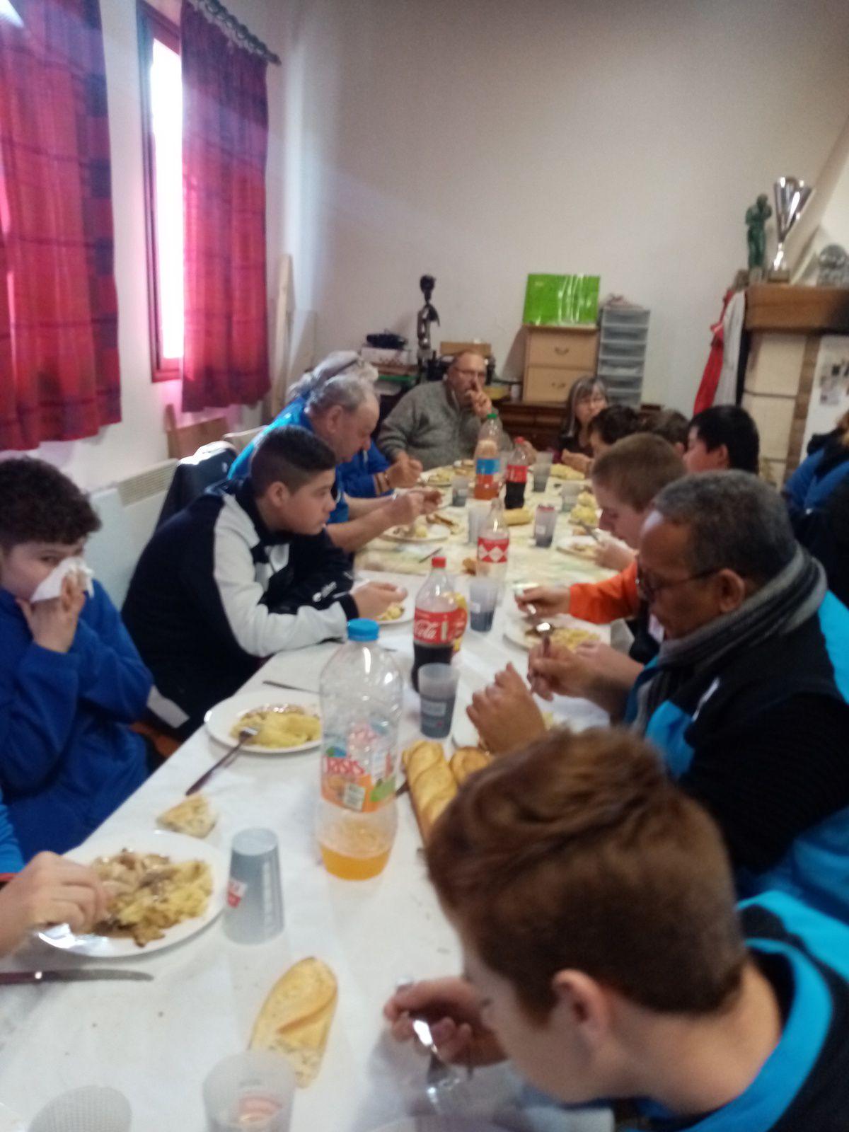 SAINT JUST en CHAUSSÉE : UNE PREMIÈRE RÉUSSIE ... Plus de 300 photos de toutes les équipes