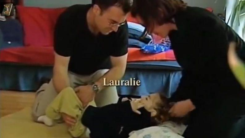 Lauralie, victime grave des vaccins, est décédée à l'âge de 8 ans