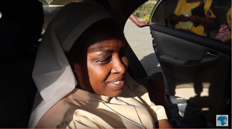 Emprisonnement d'une religieuse africaine qui dénonçait la possible présence d'agents stérilisants dans les vaccins