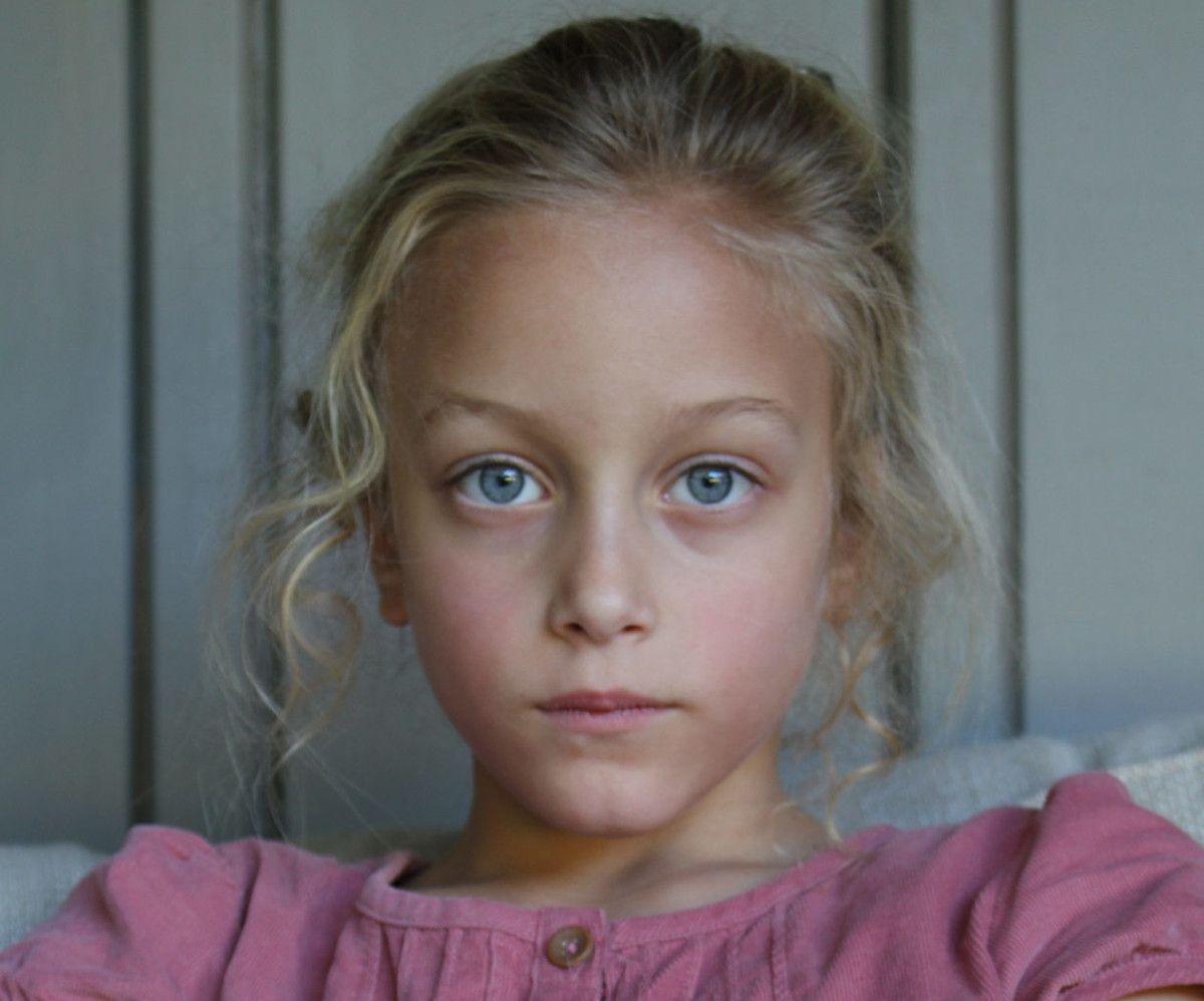 Narcolepsie chez sa fille deux semaines après le vaccin contre la grippe pandémique. Elle réclame justice à présent...