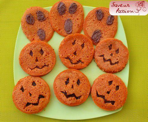 Grignotage sain pour Samain (Halloween) : pancake-sandwich, tartinade pomme-pruneau
