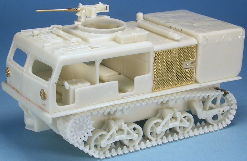Tracteur d'artillerie M4 High-speed au 1:48 (Gaso.Line) et le porte-char M25 Pacific