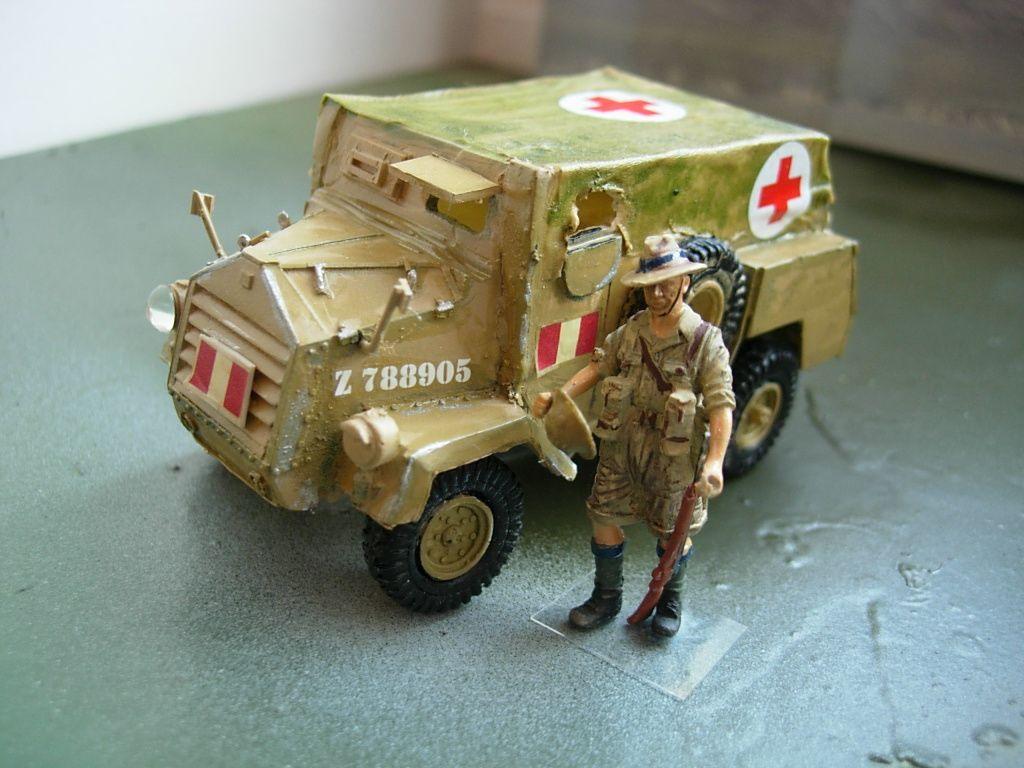 modif : Otter MK. et Horch Type 1A en version sanitaire sur base Wespe (par Bob)