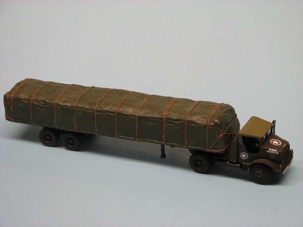Modif : Tracteur M426 avec semi-remorque bâchée (Smith, Minicirque et Corgi) par robert B.
