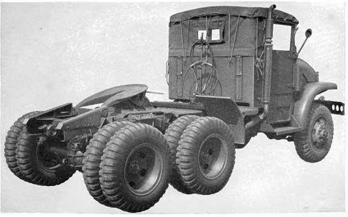 Tracteur GMC M 221 avec semi-remorque plateau au 1/48 (par Hervé)