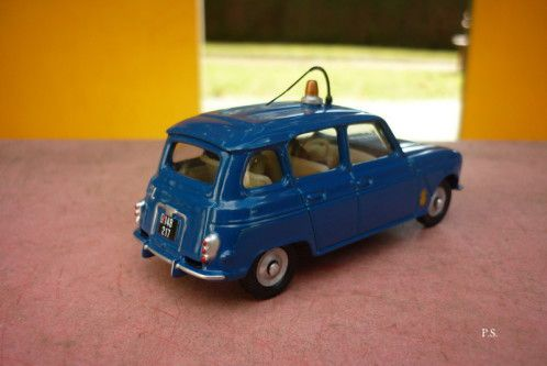 Redif - Renault 4 L Gendarmerie au 1/43ème (Dan Toys)