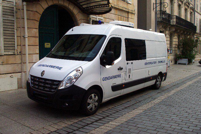 Renault Master L3h2 Gendarmerie au 1/43 (Perfex)
