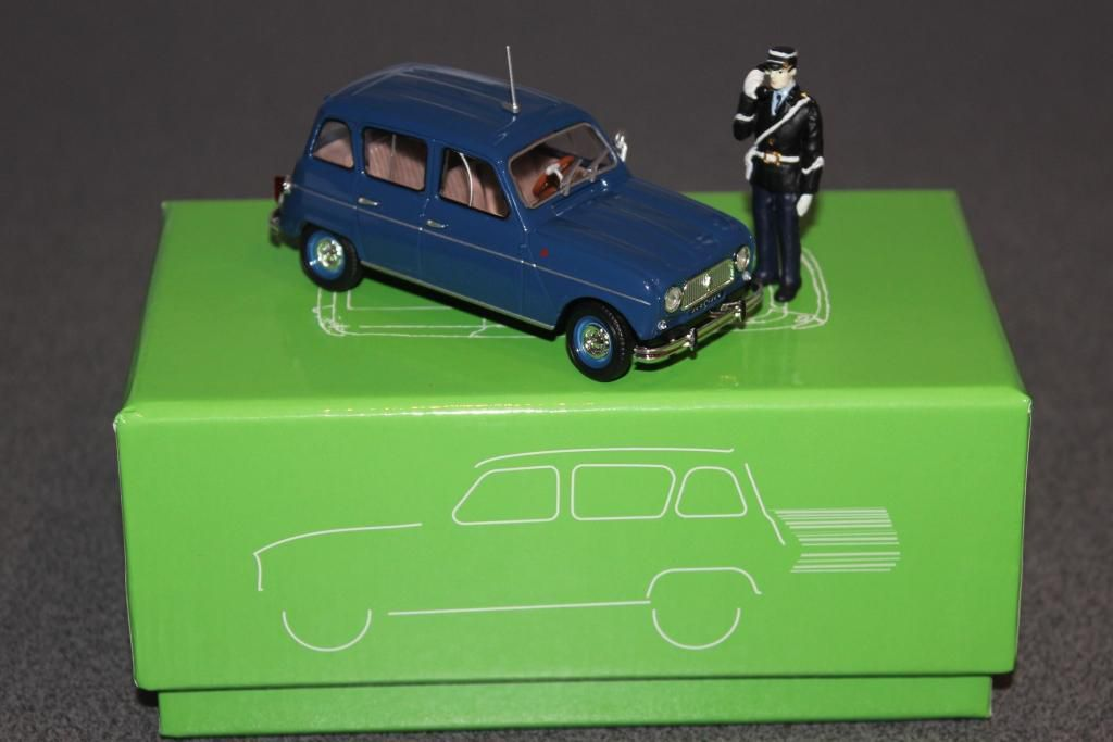 Renault 4L Gendarmerie et pompiers au 1/43 (Eligor)