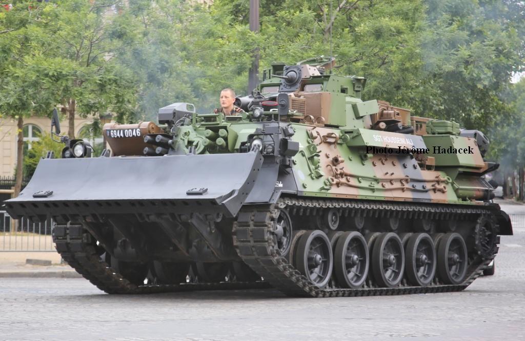 Véhicules et matériels : L'AMX-30 EBG