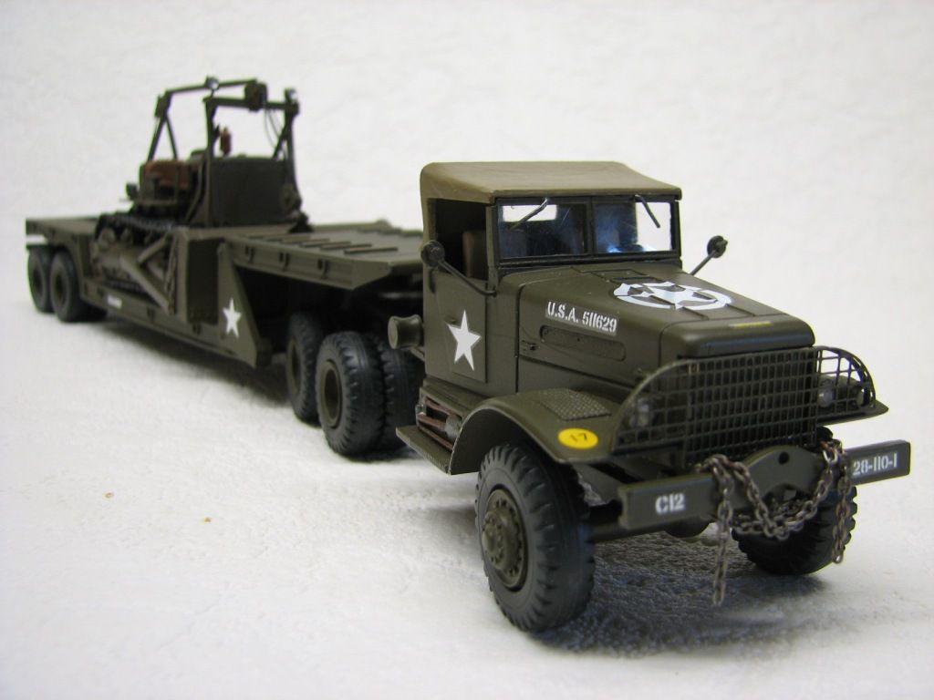 Tracteur White 666 avec remorque low loader au 1/48 (par Robert B.)