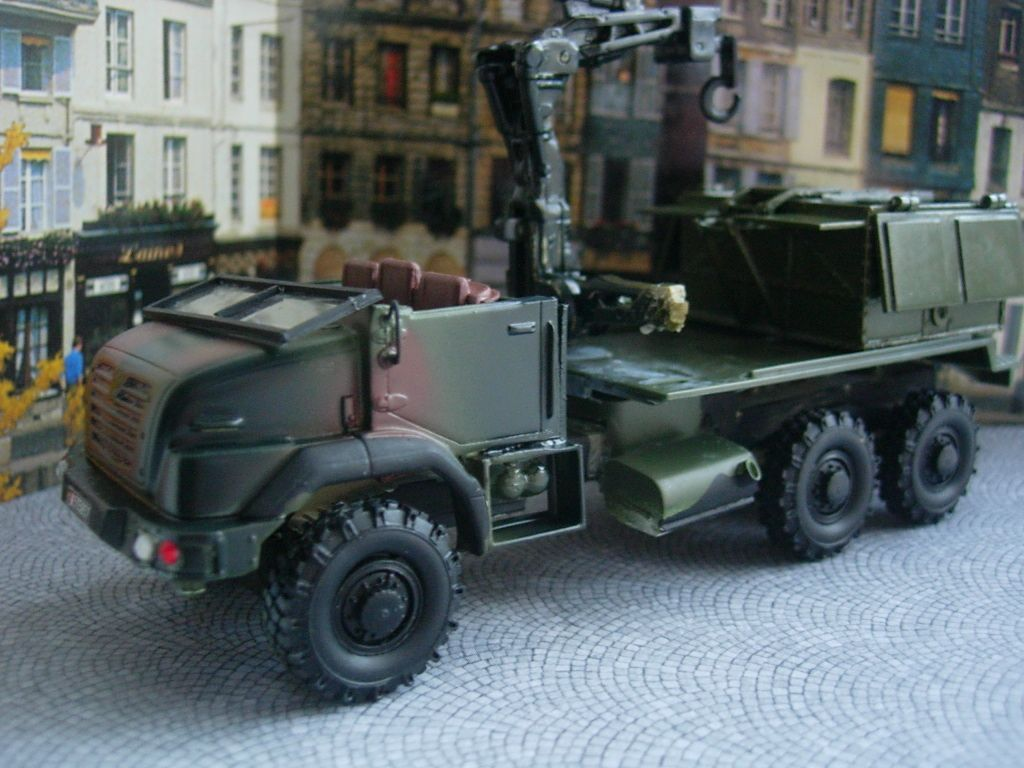 Modif : Renault Sherpa 5 transport de munitions au 1/48 (par Bob)