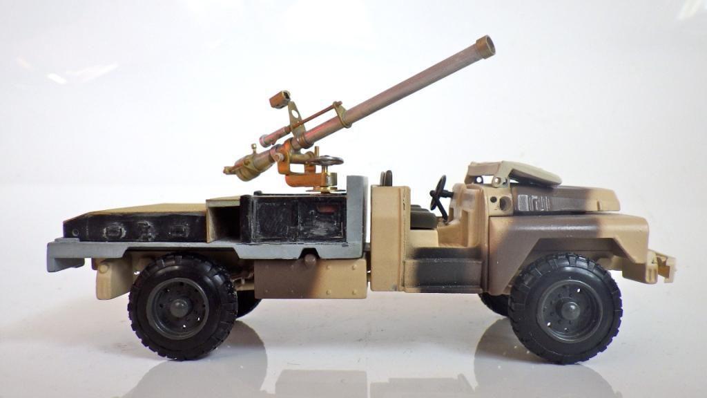 ACMAT TPK 415 STL canon de 106 SR (par Jérôme Hadacek)