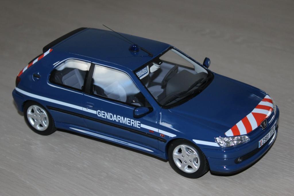 Peugeot 306 S 16 Gendarmerie au 1/18 (OttOmobile)
