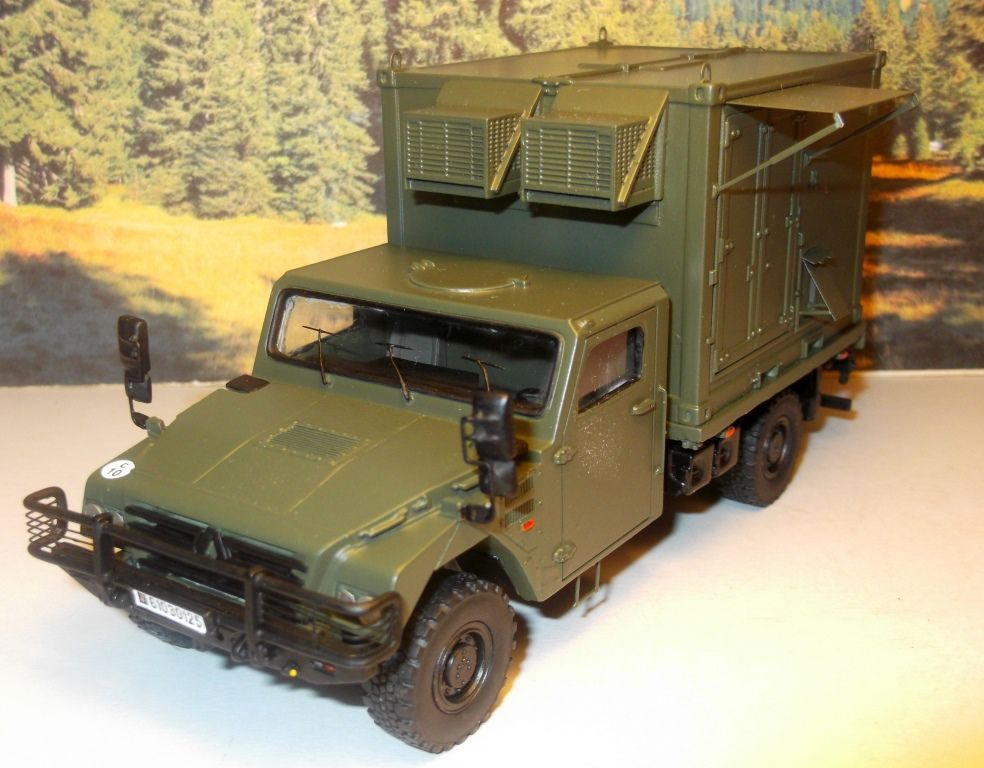 Sherpa Light Carrier et remorque Syracuse au 1:48 (Master Fighter)
