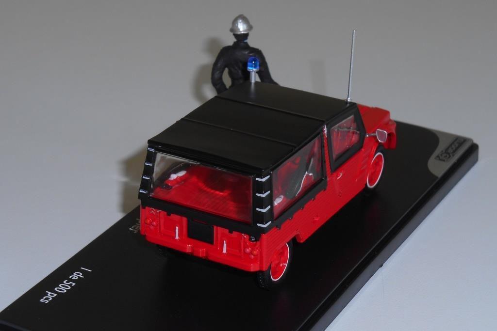 Diaporama 2 : la version pompiers avec sa planche de décals