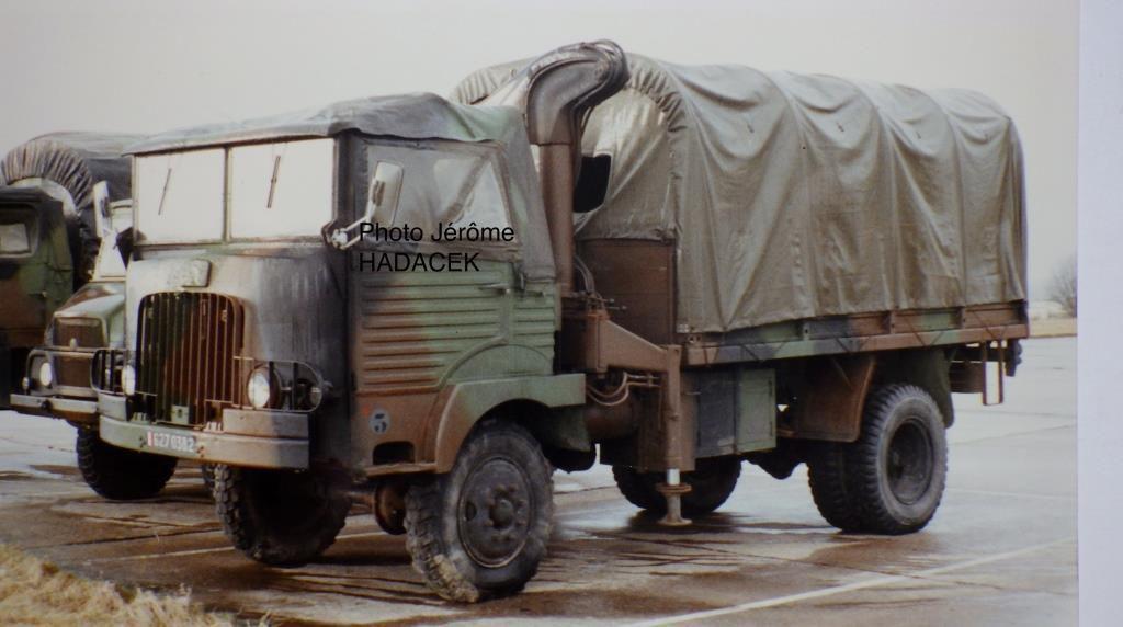 Transformation de  la motorisation, en Turbo Diesel comme il est stipulé sur le tablier de cabine, avec l'adjonction d'un treuil frontal… probablement sans suite !