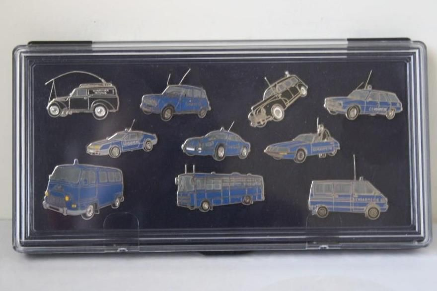Vos vitrines : les miniatures de Gendarmerie de Frédéric R.