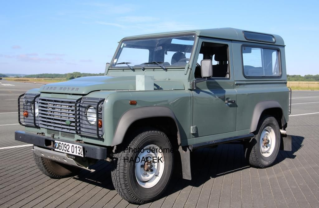 Land Rover DEFENDER Châssis court 90.